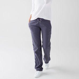 Lululemon Studio Pant III size 10 in Greyvy